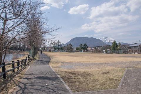 20190418yagasaki-park-hanareyama_asamayama.jpg