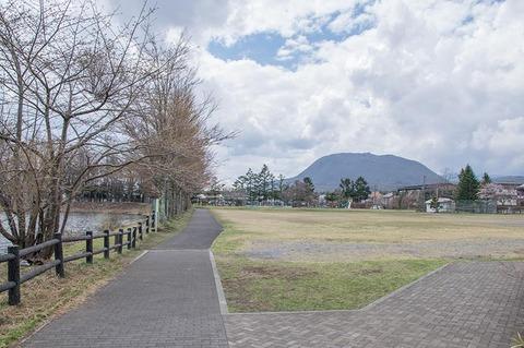 20190425yagasaki-park-hanareyama_asamayama.jpg